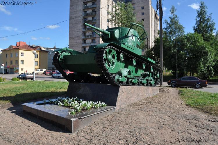 http://ristikivi.spb.ru/albums/images/viipuri/sculptures/viipuri-t-26-1.jpg